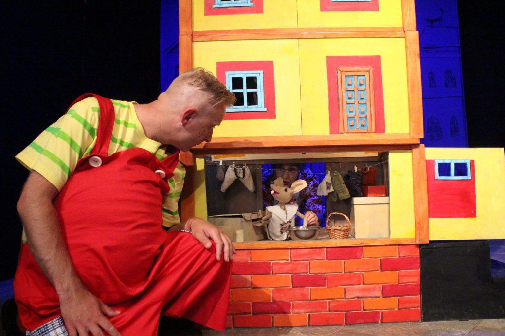 Teatr objazdowy dla dzieciPan Brzuchatek spektakl dla dzieci